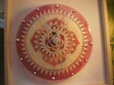 Időtadó mandalás óra-rózsaszín