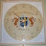 Pilisszentkereszt címeres óra